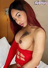 Megan Snow is a young black tgirl with a slim body, big tits and a bubble butt! Enjoy watching this hot TS showing her ass and stroking her big dick!